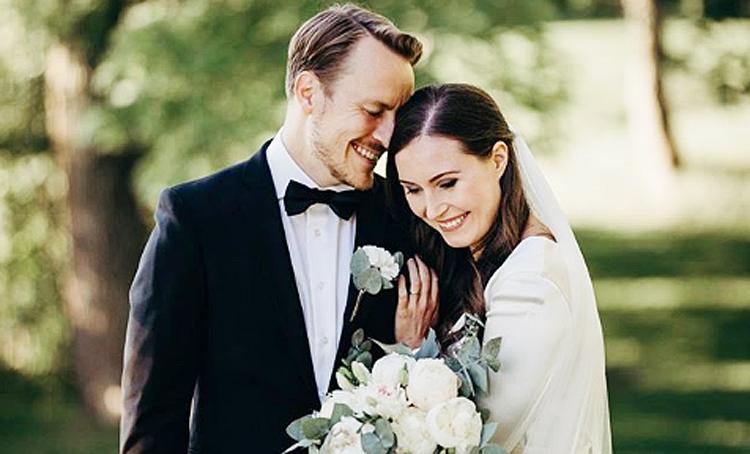 Премьер-министр Финляндии Санна Марин вышла замуж спустя 16 лет отношений