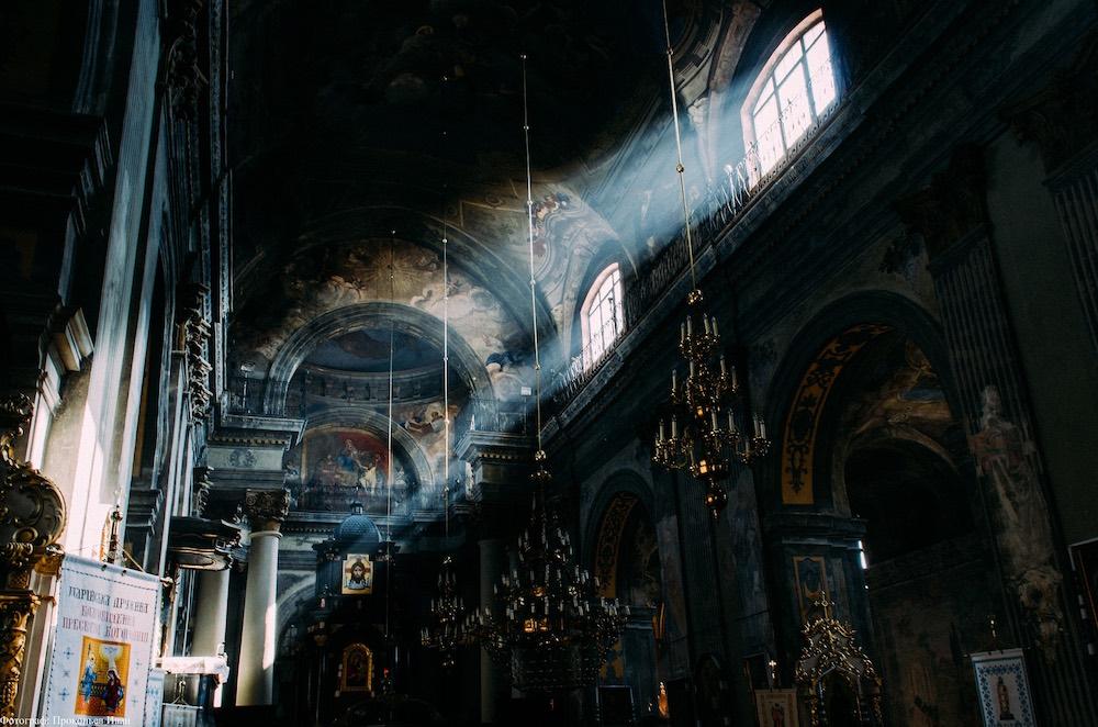 Грабёж церквей УПЦ - радикалы уже на «низком старте»