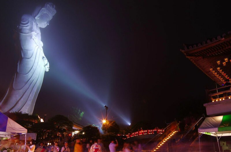Еще одна статуя богине Каннон — возле японского города Асибецу. Ее высота — 88 м в мире, высота, красота, люди, памятник, подборка, статуя, факты