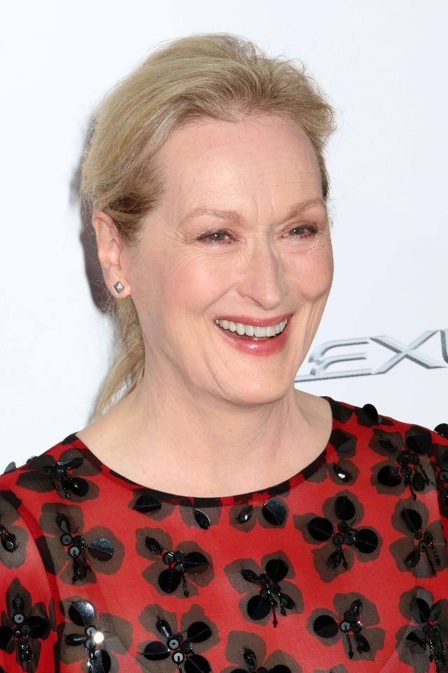 Знаменитые женщины Голливуда старше 50-ти