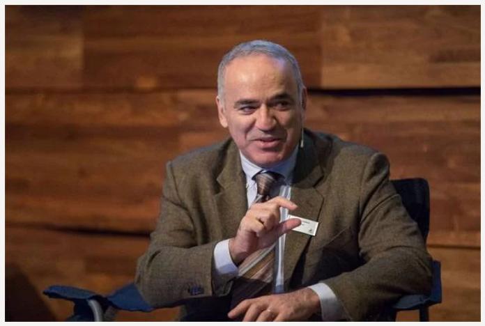 Каспаров: Свободный мир должен поддержать российских олигархов в борьбе с Путиным