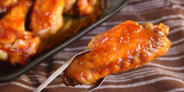 Куриные крылышки в апельсиново-соевом соусе
