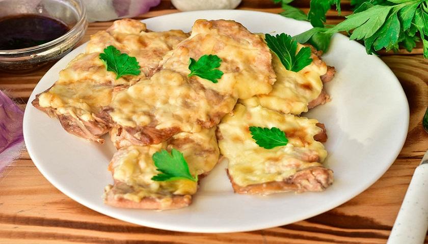 Сочная горбуша в майонезе, запеченная в духовке: ароматное и полезное блюдо