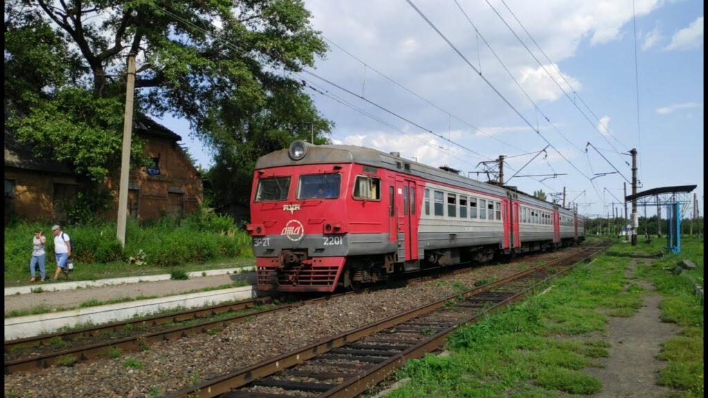 Зеленский рассказал, как будет работать Донецкая железная дорога