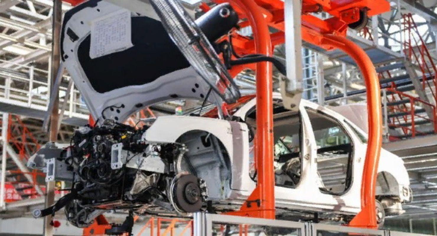 Эксперты заявили, что петербургский автопром может восстановиться до уровня 2019 года Автомобили