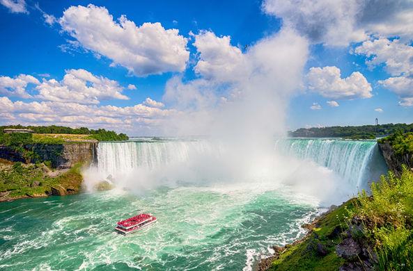 Ниагарский водопад позеленеет в эти выходные