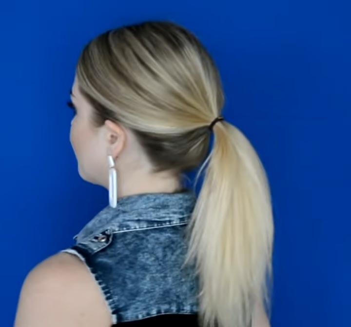 Как сделать красивый хвостик всего за 1 минуту