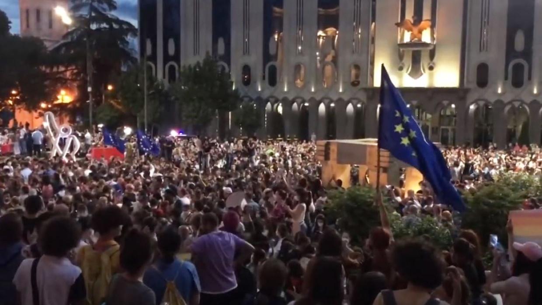 Журналист Джабишвили провел аналогию между ситуацией в Грузии и событиями на Украине Политика