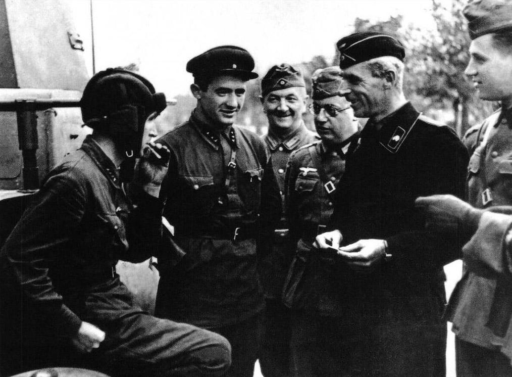 Запрещённые в СССР военные фото.