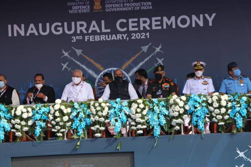 Россия на выставке Aero India 2021. Новая техника и будущие заказы оружие