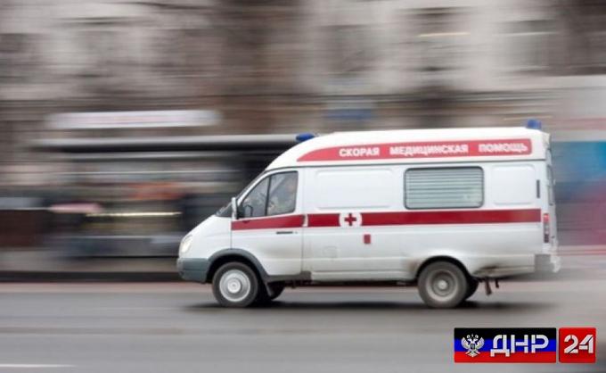 ВСУ расстреляли санитарный автомобиль под Докучаевском, погибли три человека
