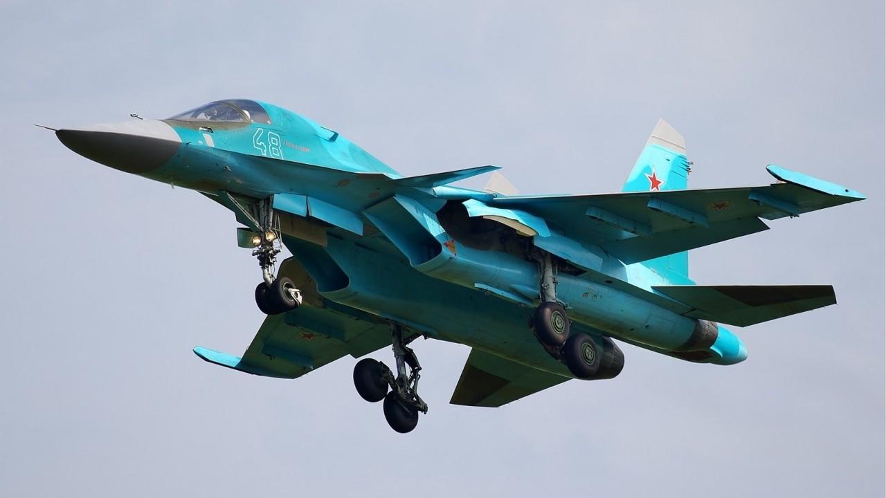 Су-34 получил новейшую систему: охота «утенка» за Су-35 попала на видео