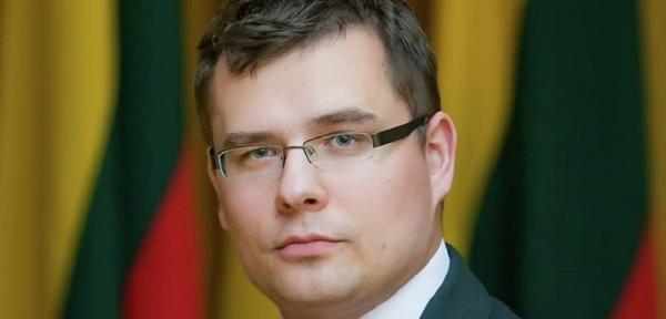ВЛитве предложили наказать Еврокомиссию запоздравление Путина