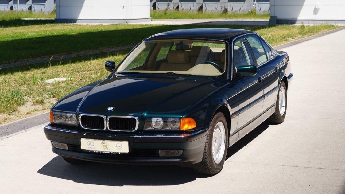 Новенький BMW 740i E38 1997 …