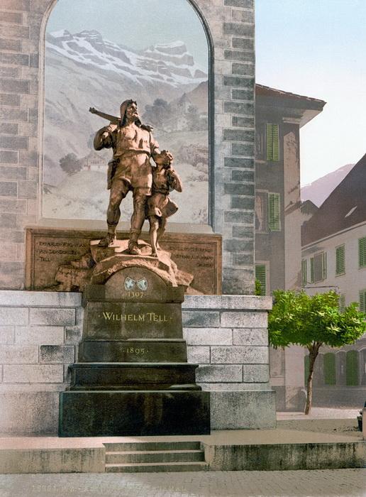 Памятник Вильгельму Теллю, легендарному символу швейцарской независимости, чье реальное существование пытаются доказать энтузиасты