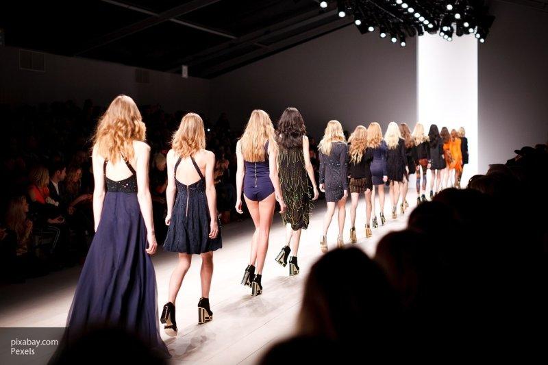 Дом моды Louis Vuitton показал сумки с гибкими экранами