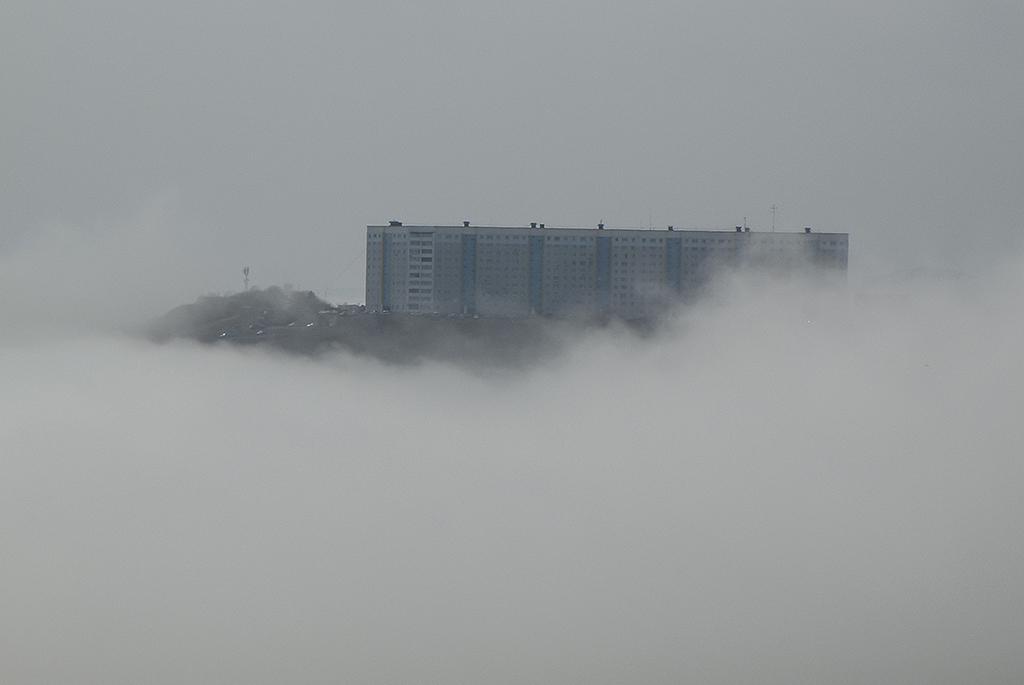 Туман.Остров в облаках.