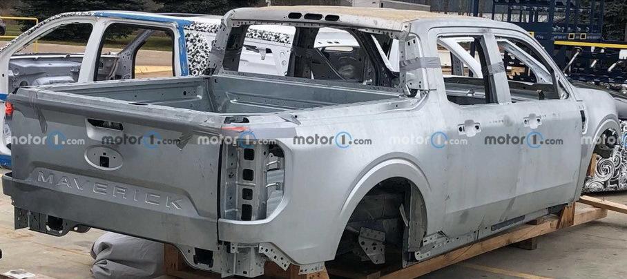 Новый пикап Ford на базе Focus сфотографировали на конвейере Новости