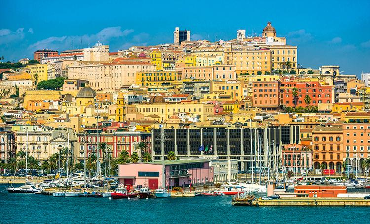 По стопам Джорджа Клуни и Леонардо Ди Каприо: чем заняться на острове Сардиния