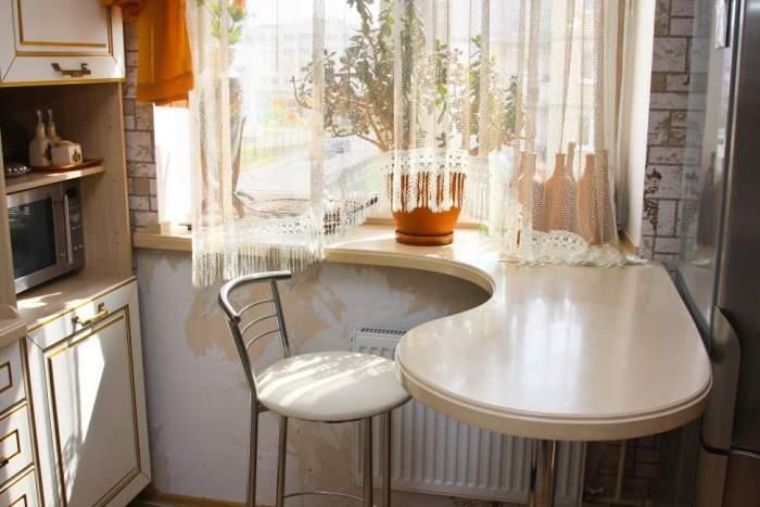 Картинки по запросу подоконник-столешница на кухне