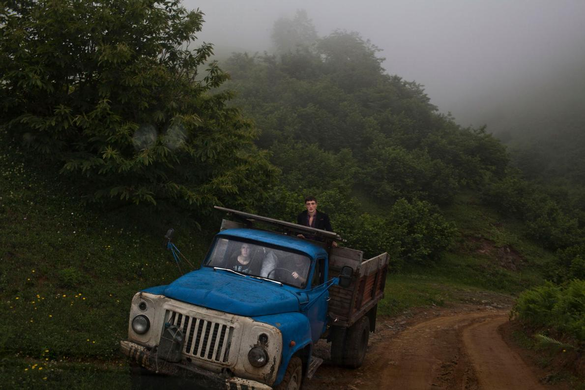 Жизнь несовершеннолетних невест в Грузии