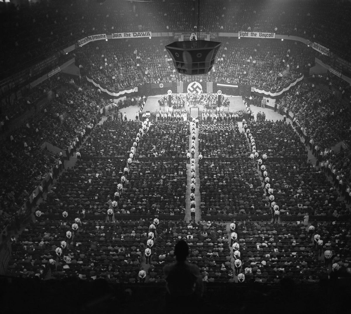 Третий Рейх На Восьмой Авеню (1934-1939)