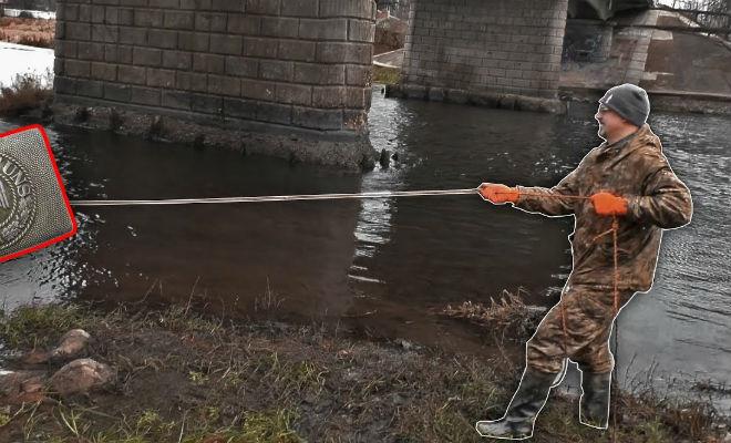 Черные копатели нашли на дне реки затопленное село и протралили его металлоискателем