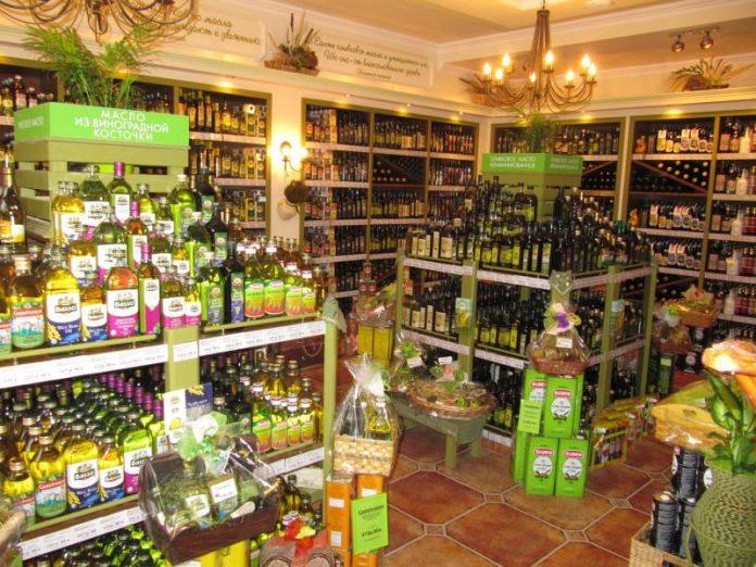 Муж пошел в магазин за оливк…