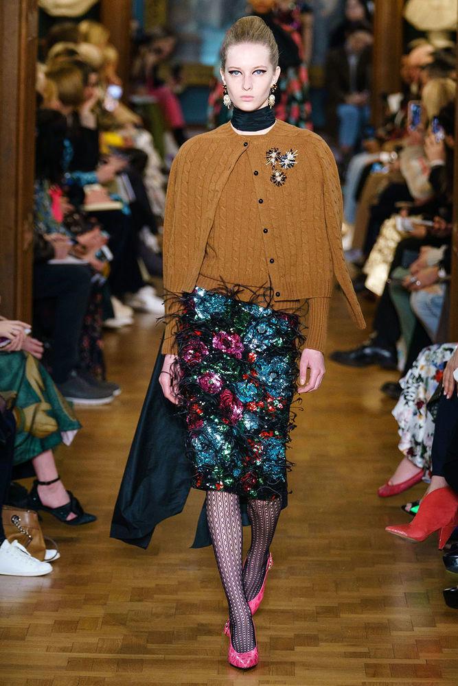 Весна 2020 — юбки сложного кроя, длина миди, фото № 49