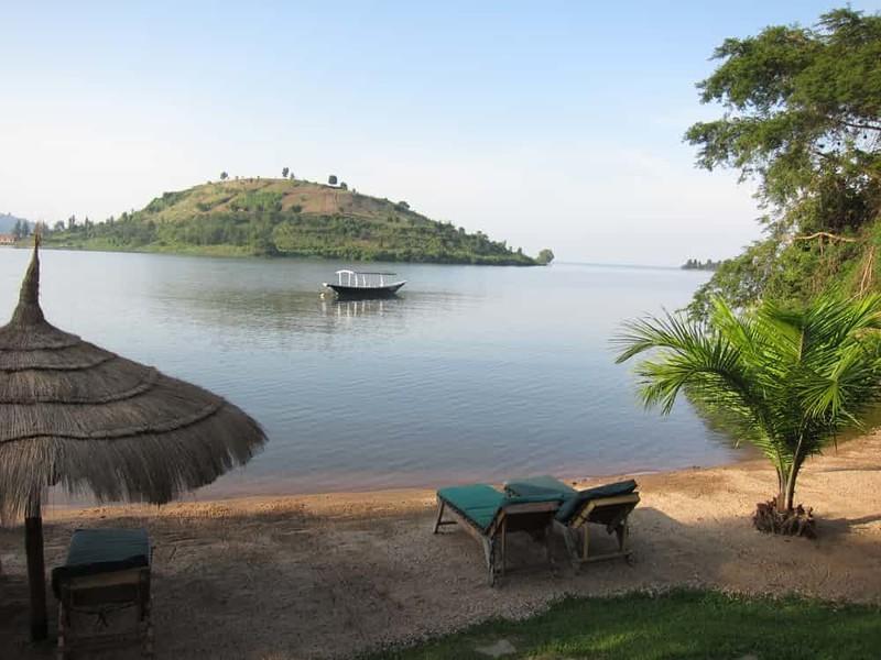 2. Африканское озеро смерти дом, жилье, опасные места, строительство