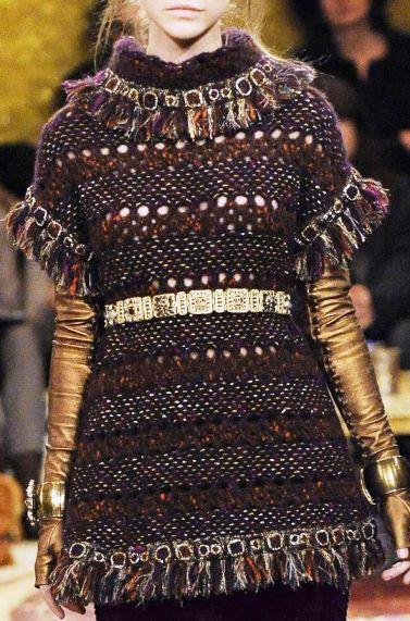Тенденции современной трикотажной моды в стиле Шанель в осмыслении Карла Лагерфельда