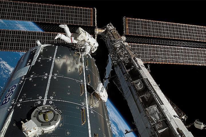 Роскосмос сделает российский сегмент МКС автономным к 2021 году