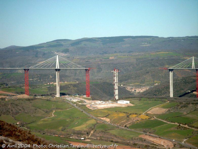 Мы строили, строили: как возводили самый высокий мост в мире