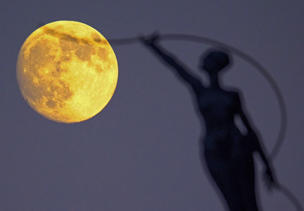 Луна в объективе