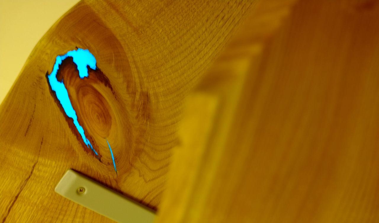 25 Невероятных творений из дерева и эпоксидной смолы