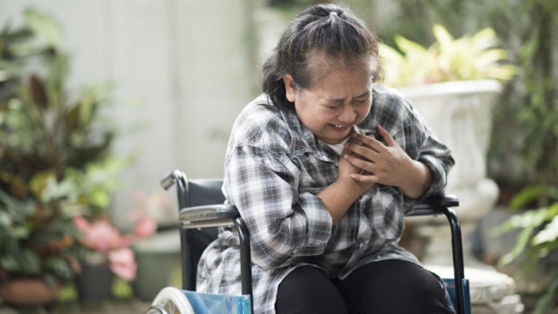 Внезапная боль по всему телу может указывать на возникновение инфаркта Общество