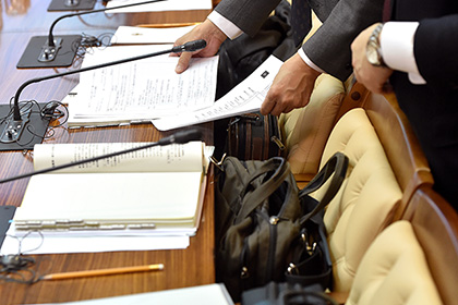 Региональным чиновникам предложили поработать до 70 лет