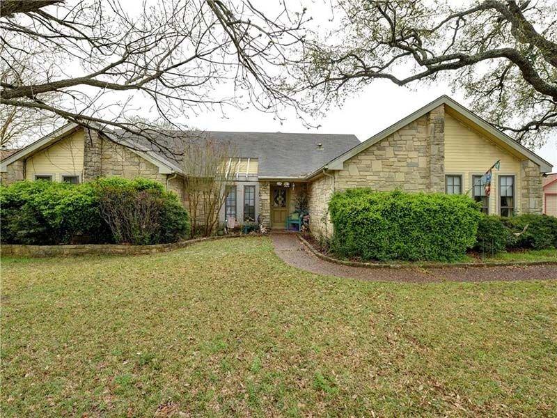Дом за $400 тысяч из Техаса, может быть самым уродливым домом из всех, что вы когда-либо видели