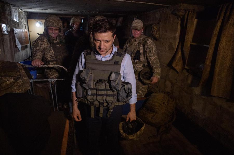 Зеленский на позициях в Донбассе, 28.05.19.png