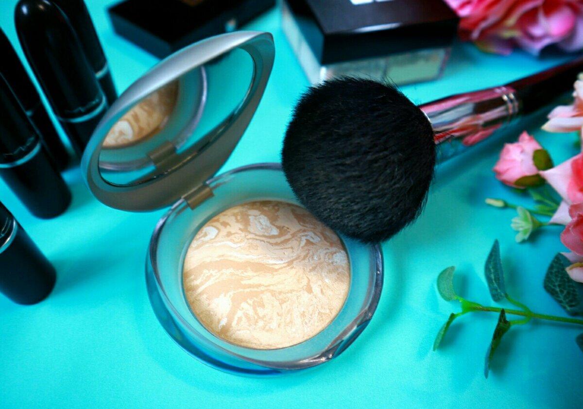 Почему женщины 50+ этого не видят: главная ошибка макияжа, которая лишает лицо свежести