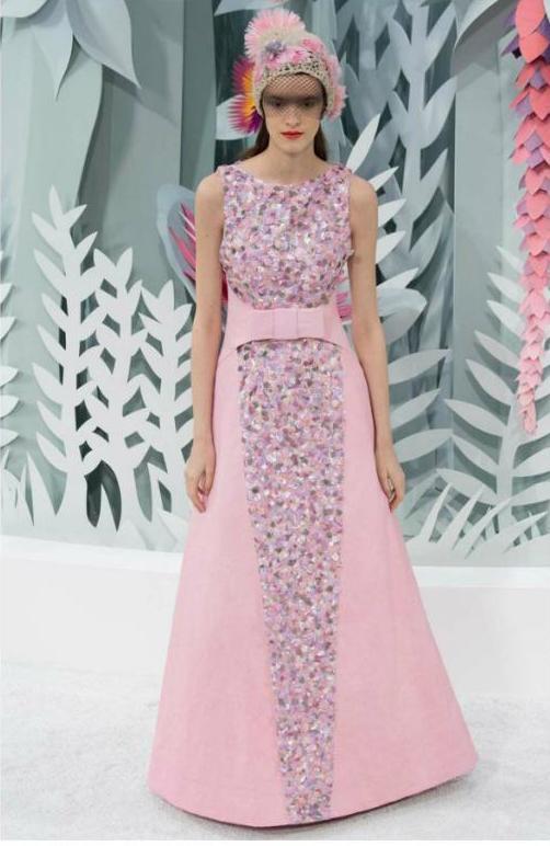Пудровый цвет: с каким цветом сочетается, примеры комбинирования оттенков в одежде