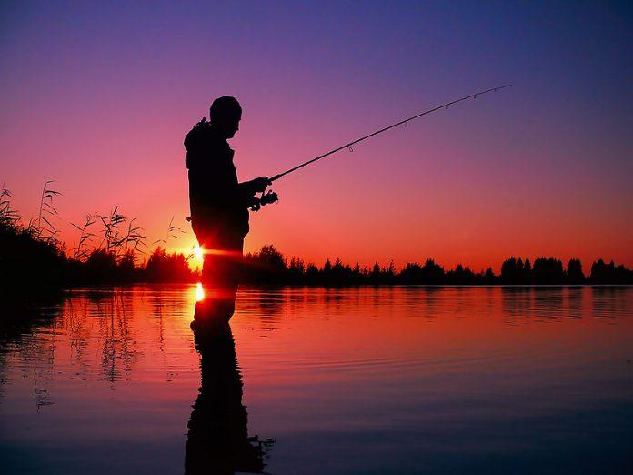 Поехали мужики на рыбалку. П…