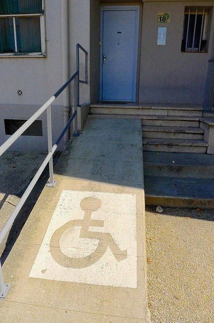 Д - доступность: 30 пандусов, на которые даже смотреть страшно инвалиды,ляпы,пандус,подборка,строители,фейлы,фото