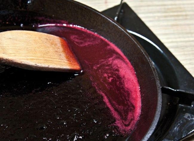 формирование соуса для куриного киббе
