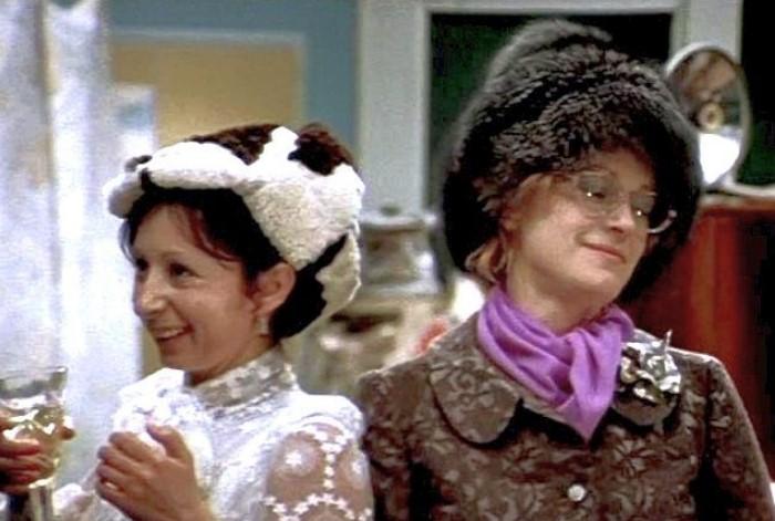 Шапки из «Иронии судьбы», или Какие головные уборы носили советские люди головной убор,история,кино,мода,шапка