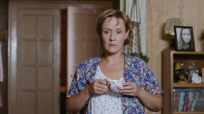 Кадр из к/ф с Евгенией Дмитриевой в главной роли.
