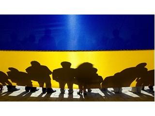 Киев стимулирует массовый исход населения из Украины