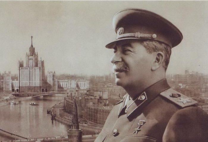 Почему СССР  так быстро восстановился после войны:  никаких чудес, кроме Сталина