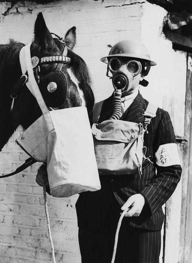 """""""Закрывая лицо"""". Пятивековая история ношения масок на улицах Лондона здоровье,история,мир"""