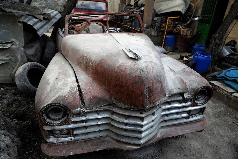 Известная винтажная коллекция авто похоронена под обломками Алеппо